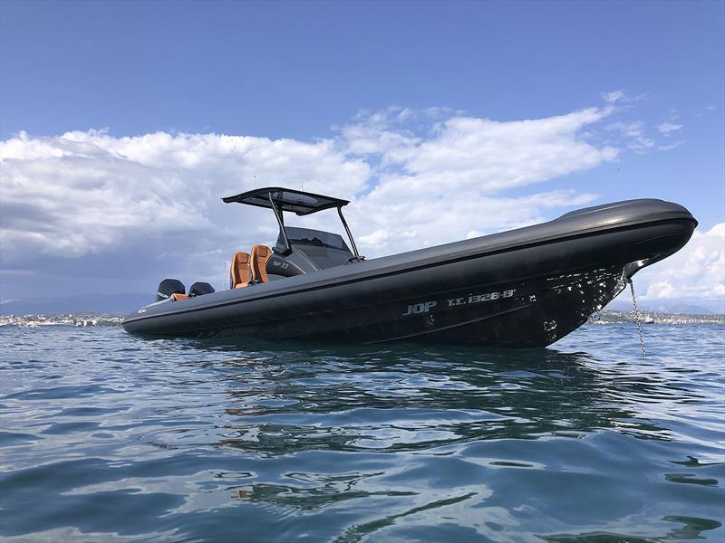 The Ribco Seafarer 33 - photo © Ribco