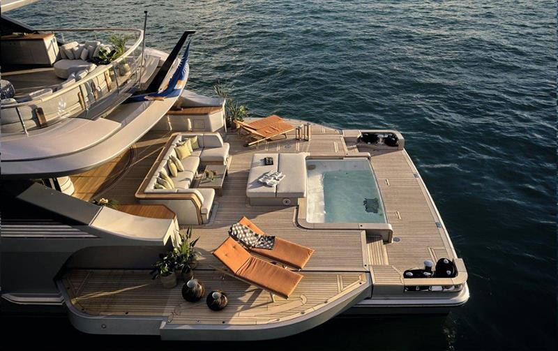 Benetti Oasis 40M M/Y